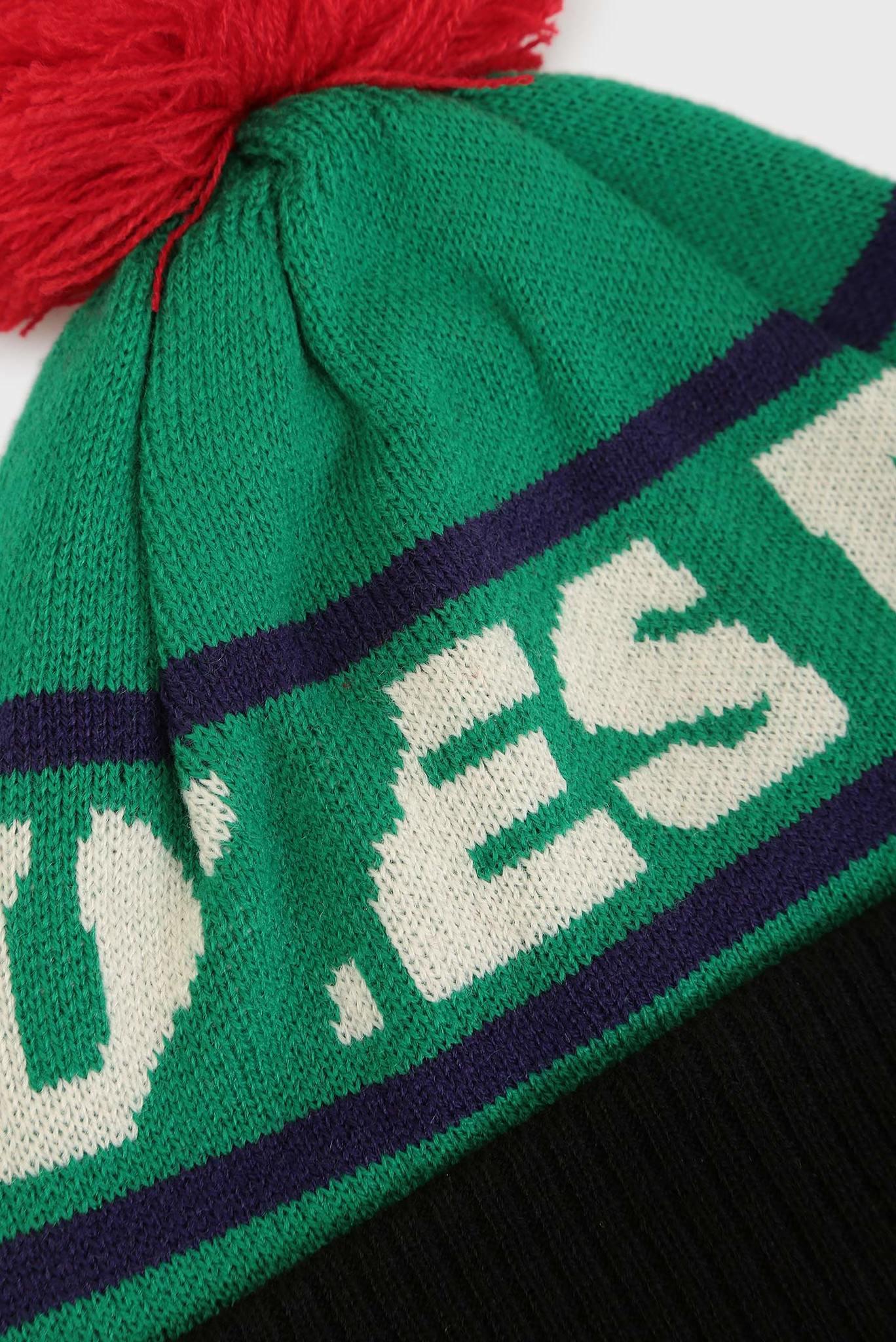 Зеленая шапка с узором Diesel