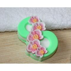 8 марта - Орхидеи по диагонали, форма для мыла пластиковая
