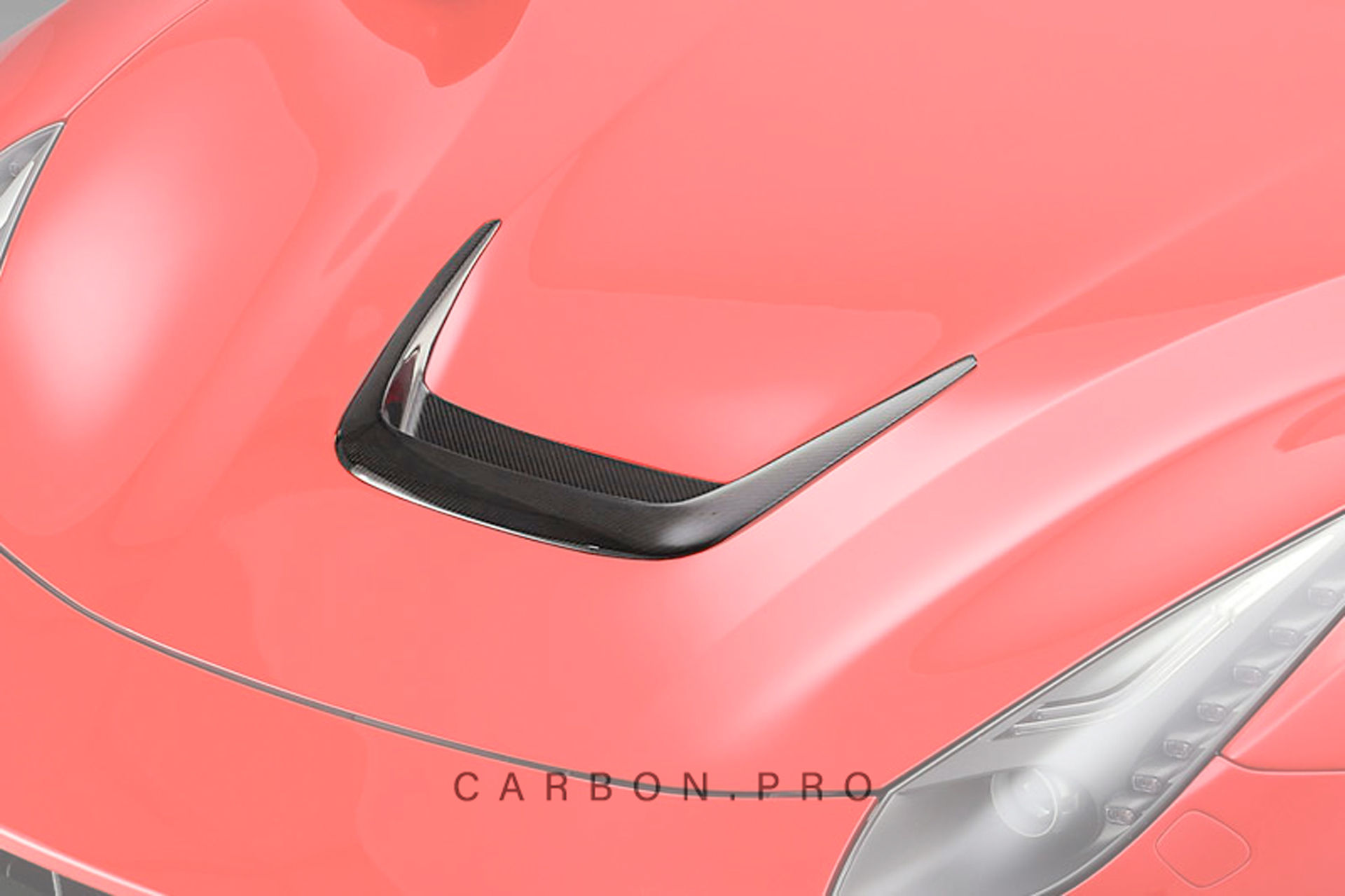 Карбоновая вставка в центральный воздухозаборник капота Novitec Style для Ferrari F12 Вerlinetta