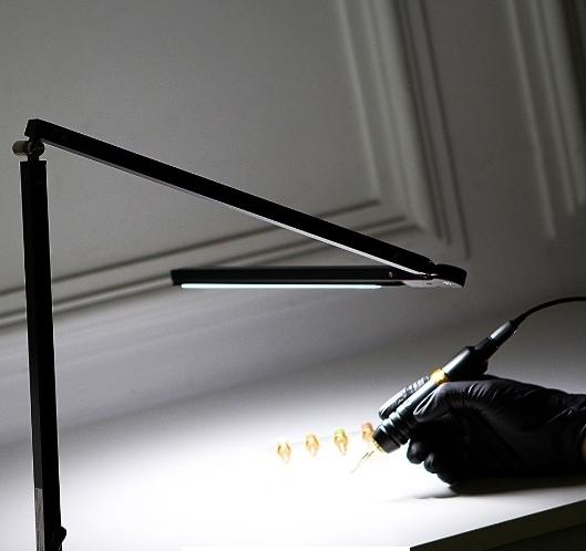 Лампа трансформер EZ PRO LIGHT LED Desk Lamp