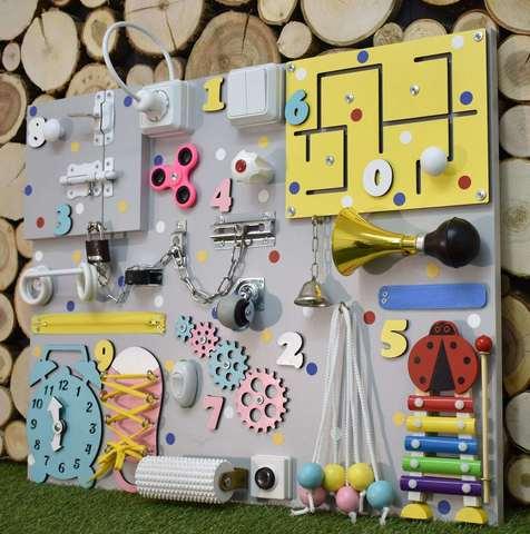Бизиборд стандарт 50х65 см с ксилофоном Желто-Бирюзово-Розовый для девочки