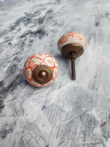 Ручка мебельная керамическая с оранжевым орнаментом