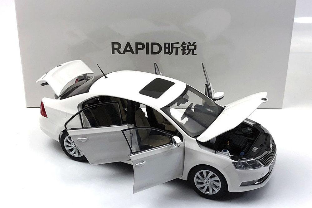 Коллекционная модель SKODA RAPID 2019 WHITE
