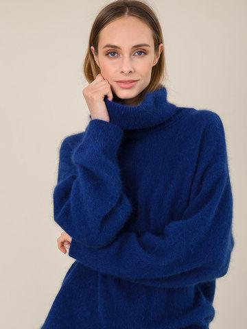 Женский свитер синего цвета из ангоры - фото 3
