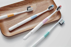 Зубная щетка DOCTOR·B Pink (Bass method)