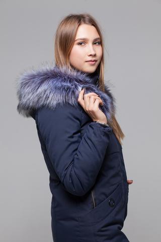 Куртка утепленная с меховым капюшоном надя