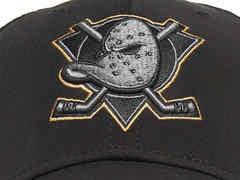 Бейсболка NHL Anaheim Ducks (размер M/L)