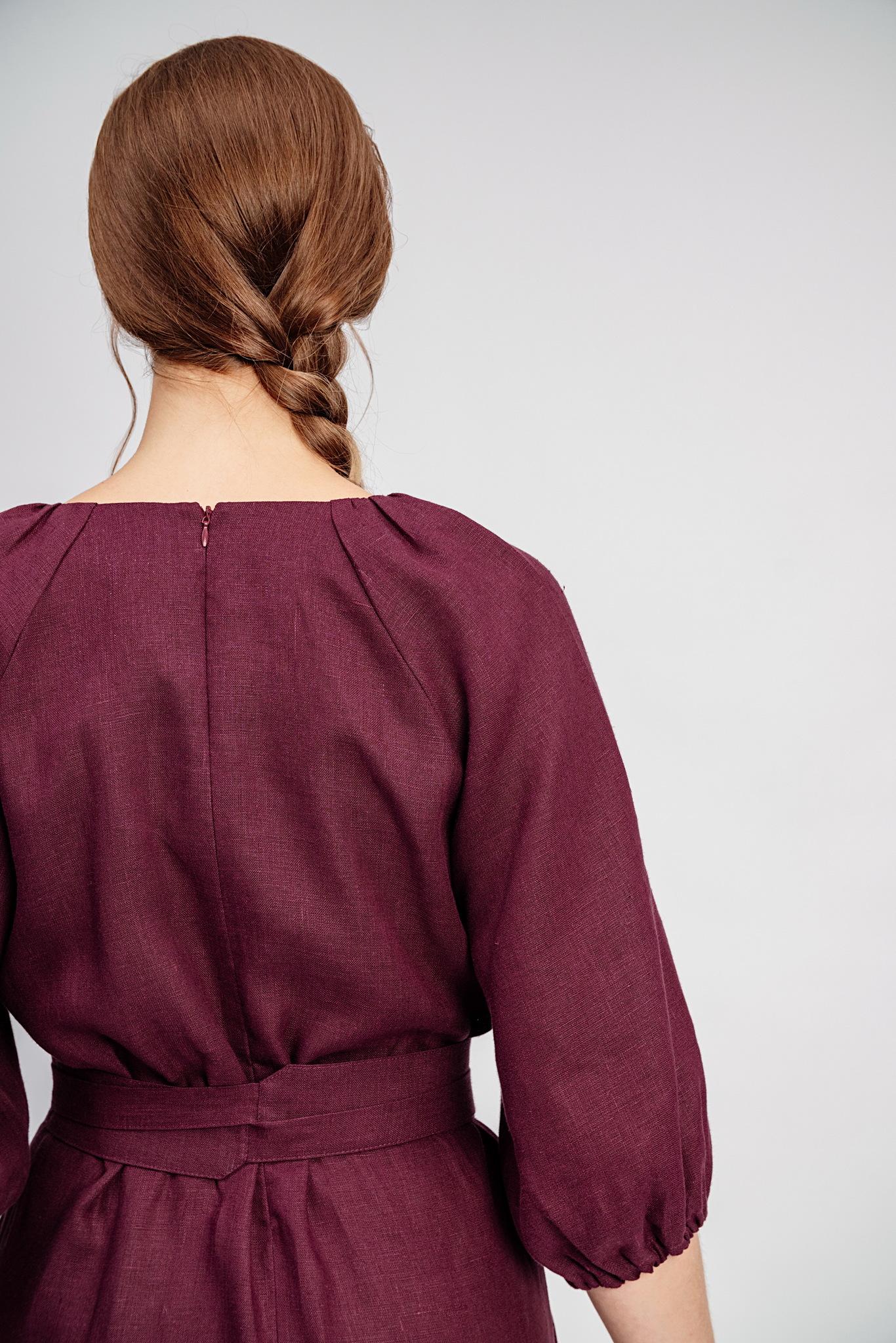 Платье с обережными славянскими узорами Гранатовый браслет