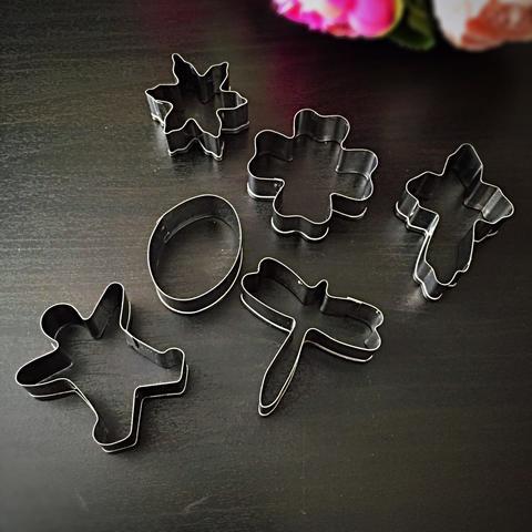 Вырубки для пряников  металлическая НАБОР РАЗНЫЙ (яйцо, крест,стрекоза,снежинка,человечек) 6в1