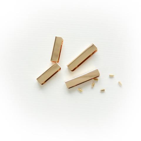 Металлическая кромка для хлястика, цвет золото, длина в ассортименте