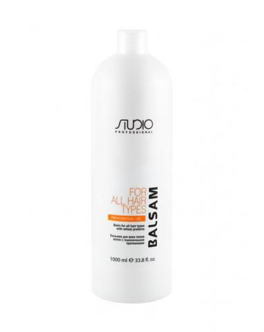 Бальзам для всех типов волос с пшеничными протеинами Kapous Studio  1000 мл