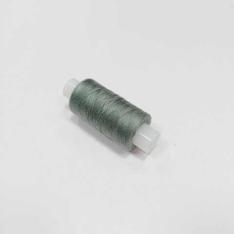 Нитки швейные 40ЛШ. Цвет Серо-зеленый