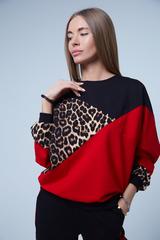 Спортивный костюм с леопардовой вставкой Nadya