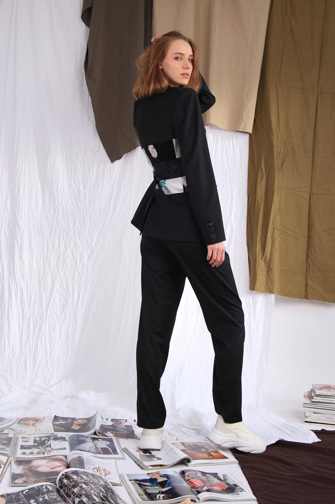 Пиджак с корсетом в технике пэчворк
