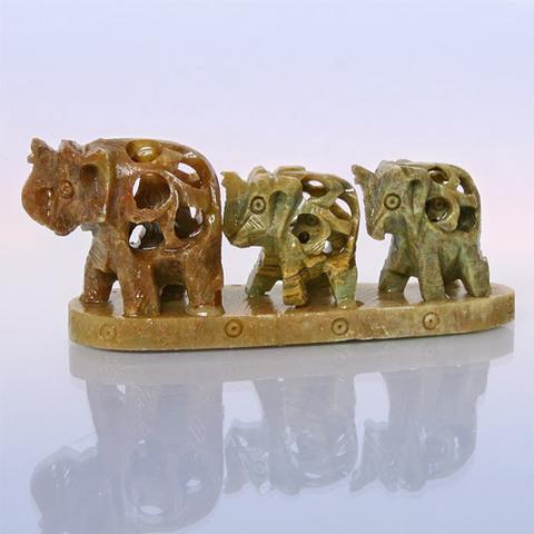 Восточный сувенир  Три слона