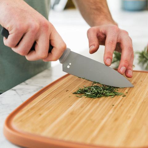 Поварской нож маленький 14см с отверстиями для очистки размарина Leo (серый)