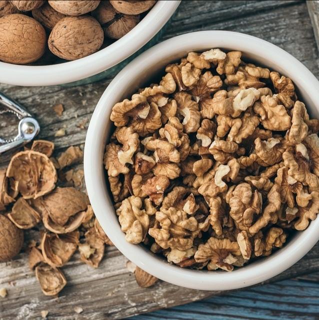 Орехи Грецкий орех очищенный walnut-peeled-04.jpg