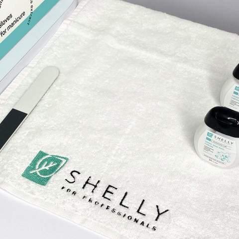 Фірмовий рушник для манікюру Shelly 30х50 см (2)