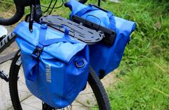 Велосипедные сумки на багажник Thule Shield Pannier Small синие - 2