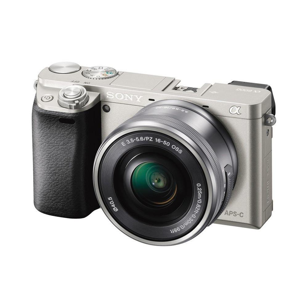 Беззеркальная камера Sony ILCE-6000L серебристого цвета