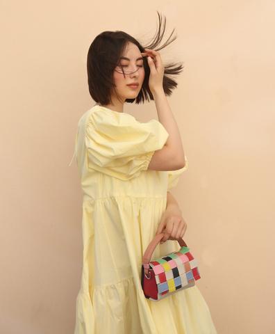 Объёмное платье с пышным рукавом (жёлтое)