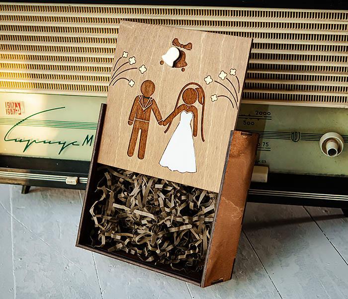 BOX251-2 Коробка для подарка на свадьбу из дерева (17*17*7 см) фото 02