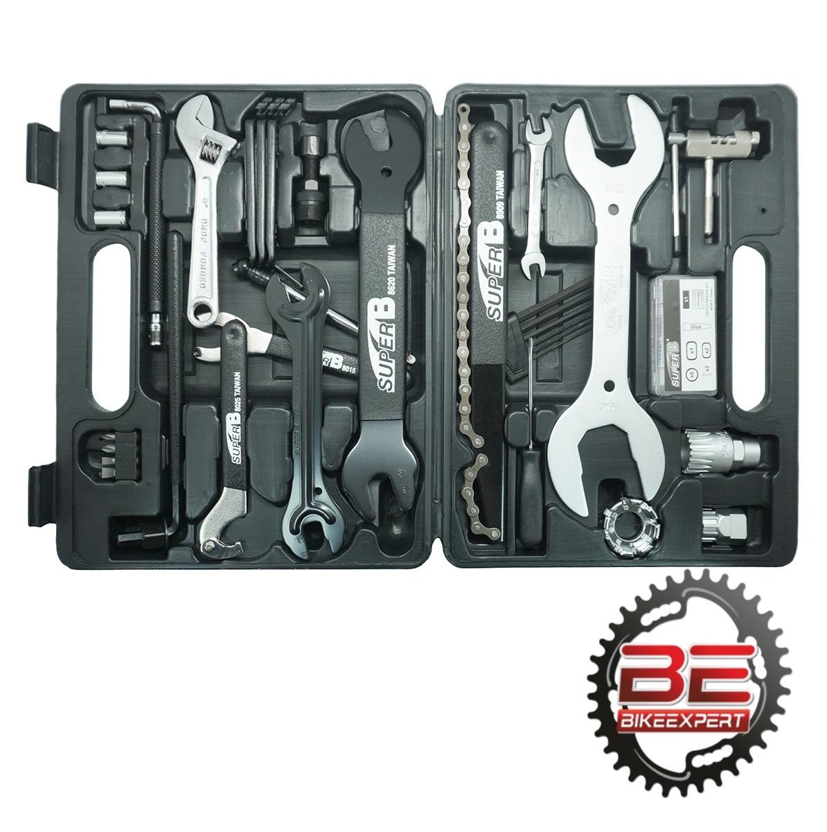 Набор инструментов в кейсе SuperB 96500