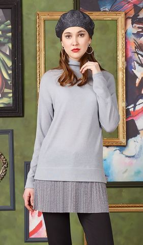 Фото серый джемпер свободной формы с блестящим плиссированным воланом и воротником стойкой - Джемпер В588-652 (1)