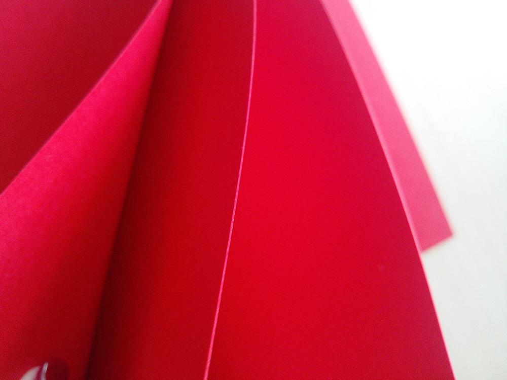 Кардсток красный 240 гр 30х30 см