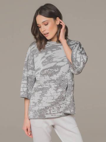 Женский джемпер серого цвета с укороченным рукавом - фото 1