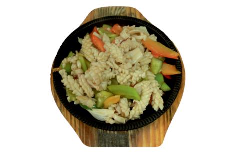 8--9Кальмары с овощами铁板鱿鱼花595р400гр