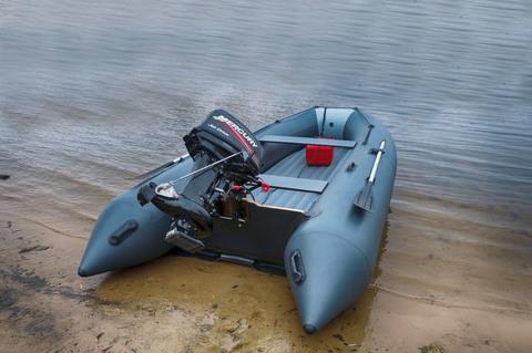 Надувная лодка под водомет