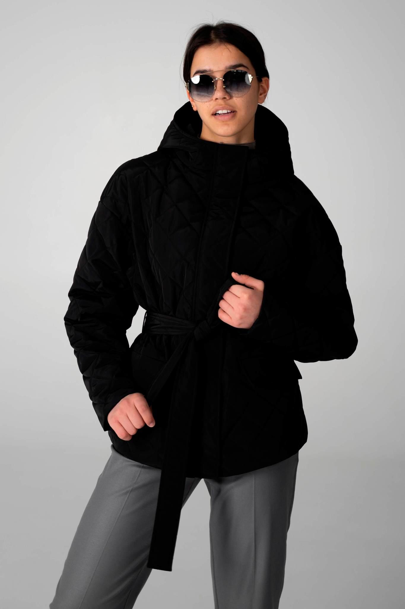 Короткая стеганая куртка