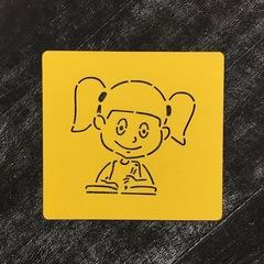 Ученик №15 Девочка с тетрадкой