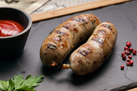 Куриные колбаски для гриля