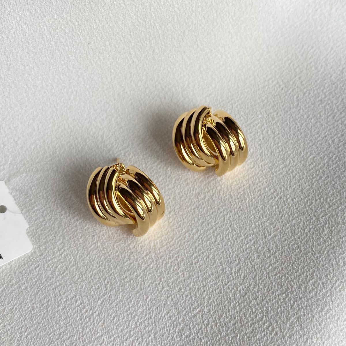 Серьги минималистичные (золотистый)