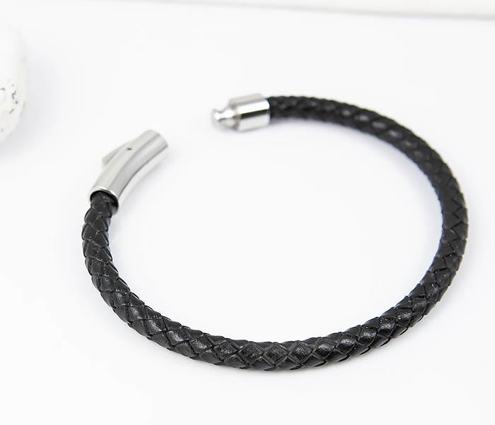 BM517-1 Браслет шнур черного цвета на застежке (20 см) фото 02