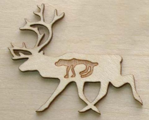 Магнит ДекорКоми на холодильник из дерева Северный олень