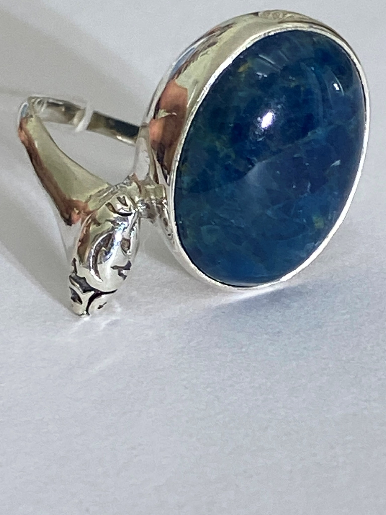 Лина (кольцо из серебра)