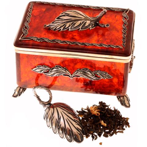 Янтарная коробочка для чая с ложечкой из бронзы