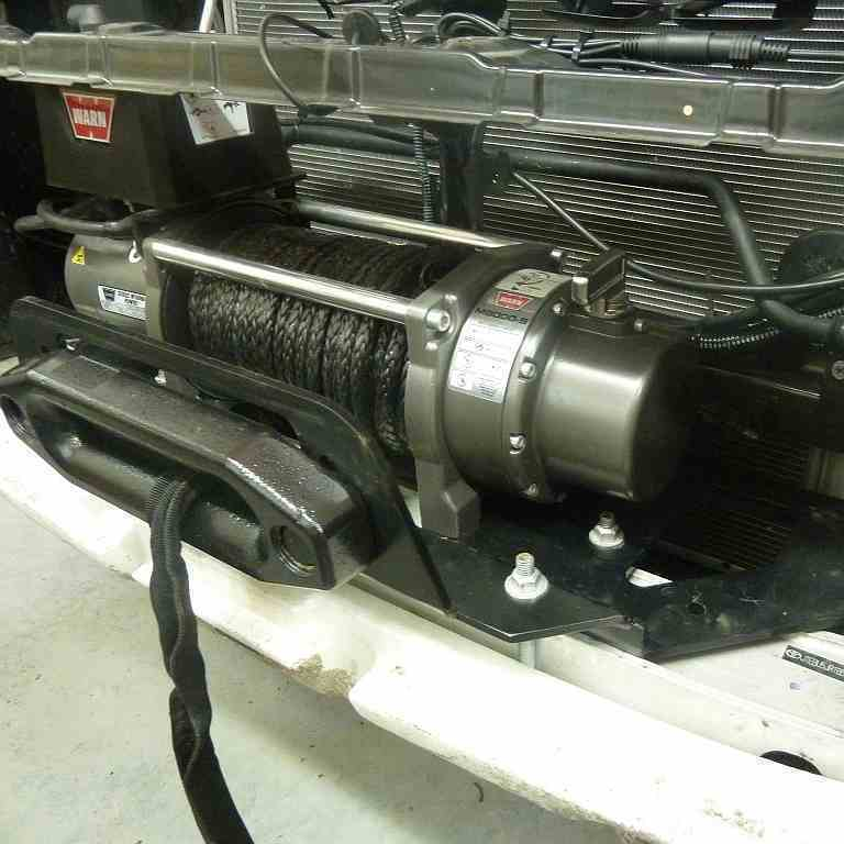 Установка лебедки Land Cruiser Prado 120