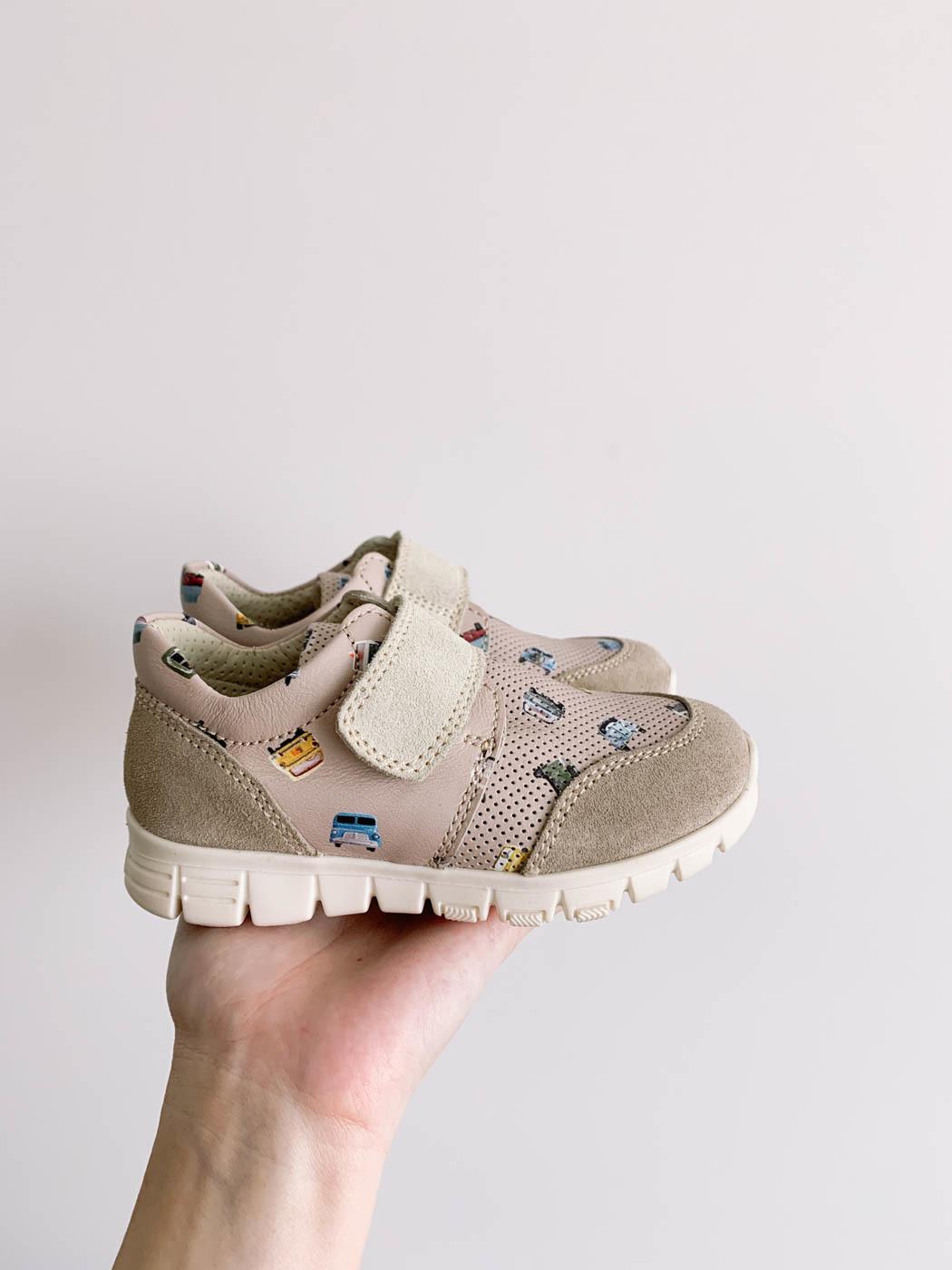 Новые кроссовки Zenchino d