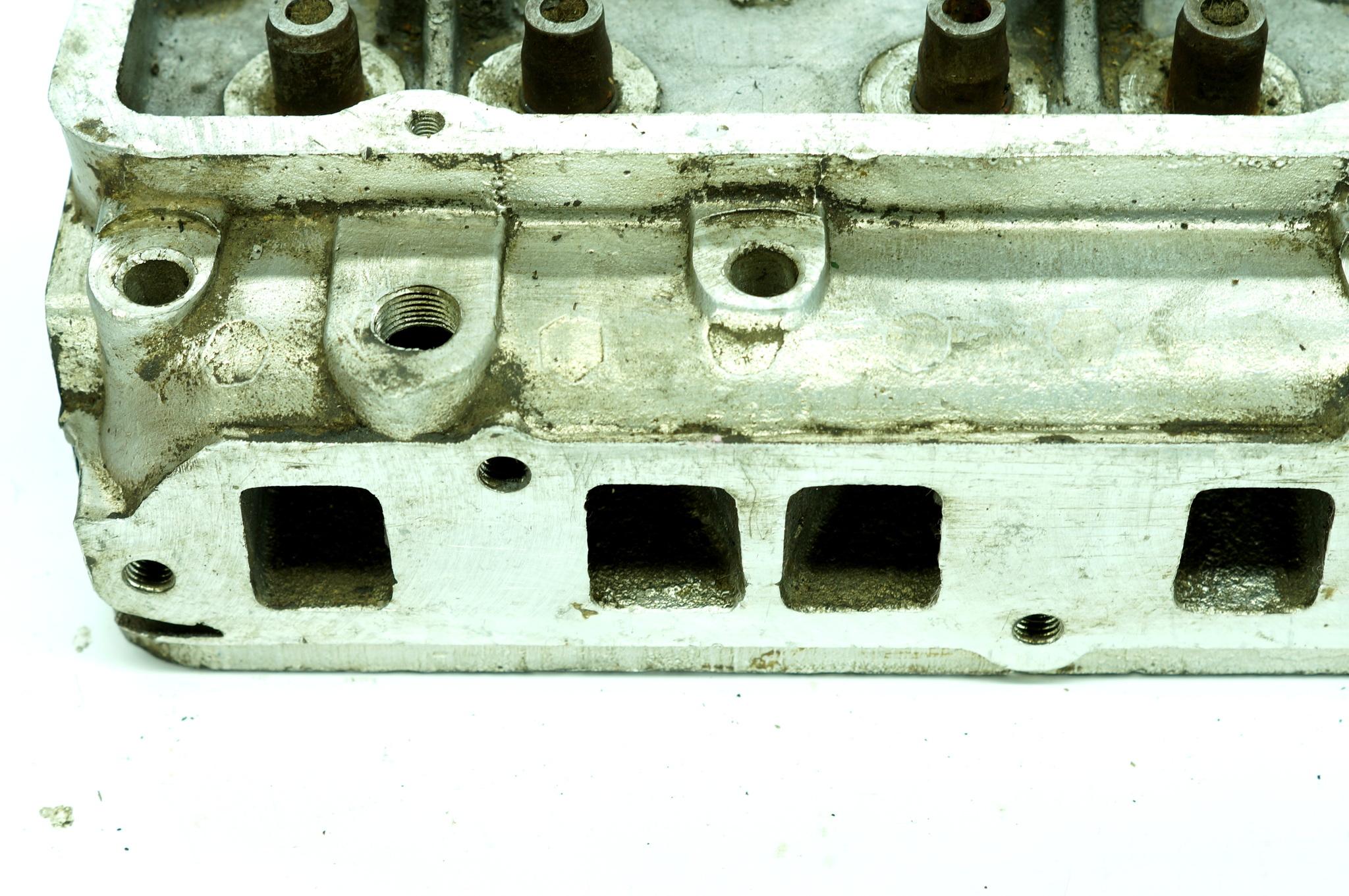 Головка блока цилиндров Газ 21 Волга