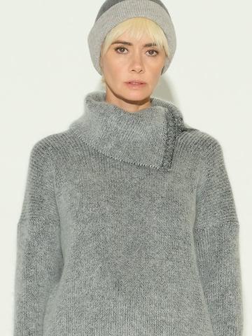 Женский свитер серого цвета из мохера и кашемира - фото 3