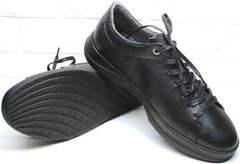 Черные кожаные кеды с черной подошвой мужские демисезонные Ikoc 1725-1 Black.