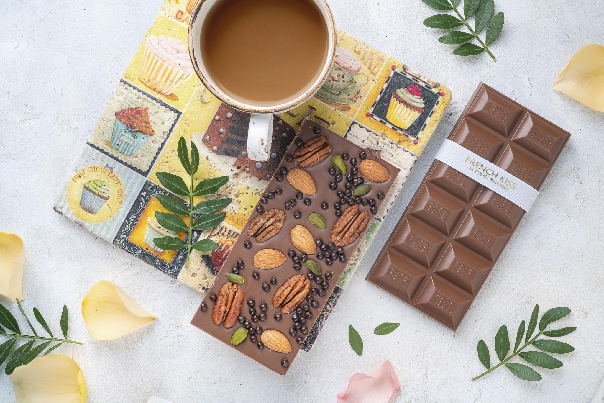 Молочный шоколад с воздушным рисом и орехами, ФРЕНЧКИСС, 120г