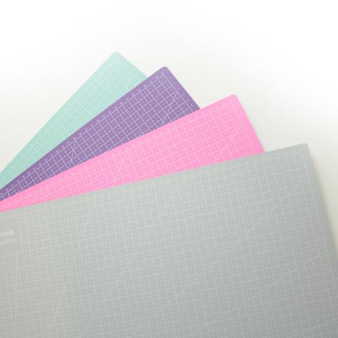 Мат для резки двухсторонний, формат А2, цвет в ассортименте