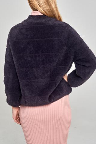Куртка с открытым горлом купить
