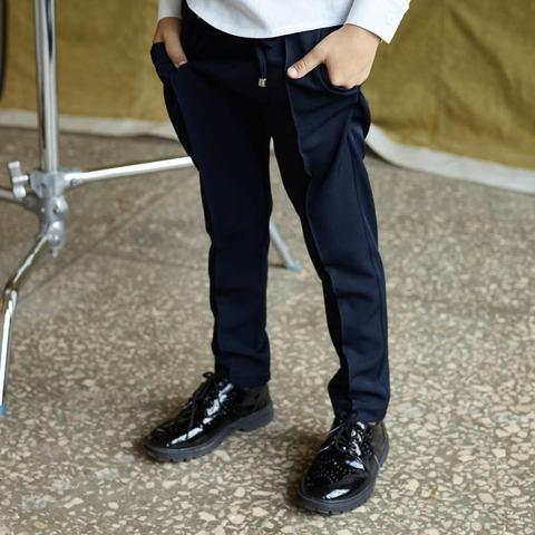 Детские брюки для мальчика в синем цвете