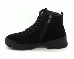 Черные велюровые ботинки на меху